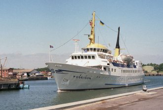 foto: Rødby Havn, 06-1986, Kai W. Mosgaard ©;foto: Rødby Havn - Kai W. Mosgaard ©;
